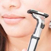Migliori rasoi viso per donna: guida all' acquisto