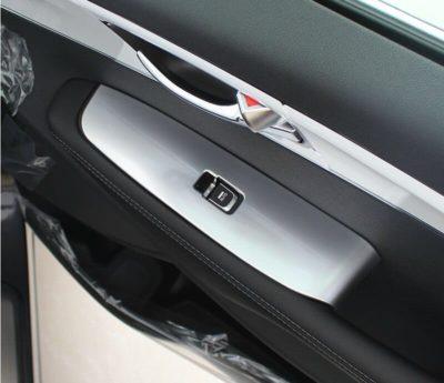 guida accessori auto interno